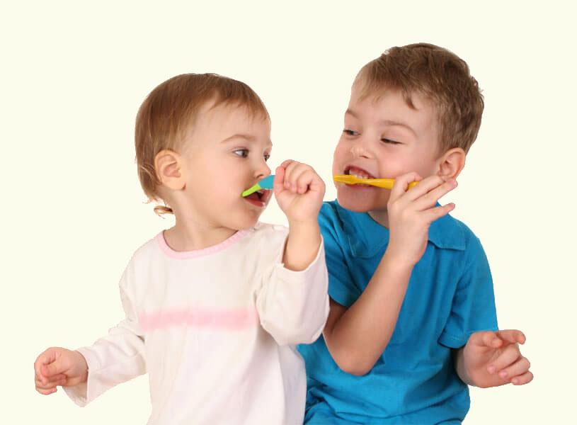 Παιδοδοντίατρος Θεσσαλονίκη - Βούτσισμα παιδιών